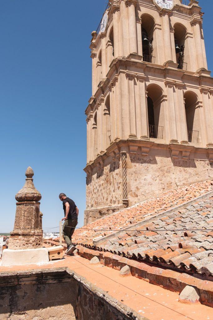 Revisión de repisas y aleros de lo tejados De la Iglesia de la Purificación